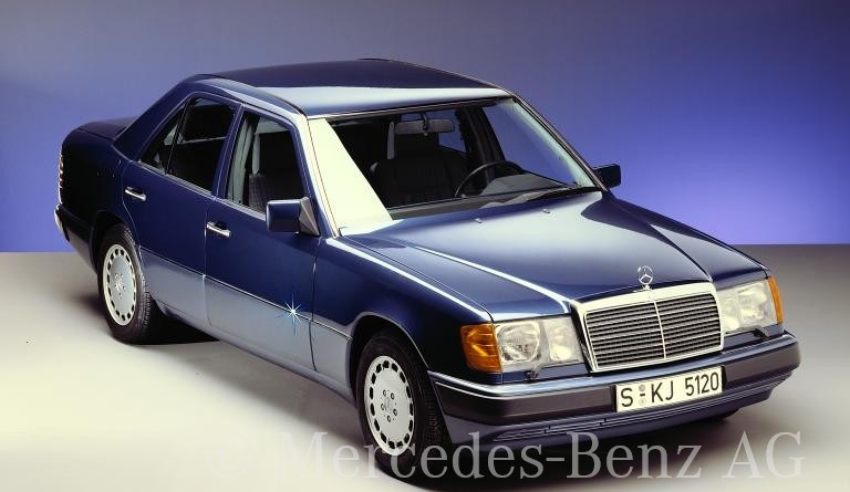 W124 Mercedes-Benz 260 E Rehberi