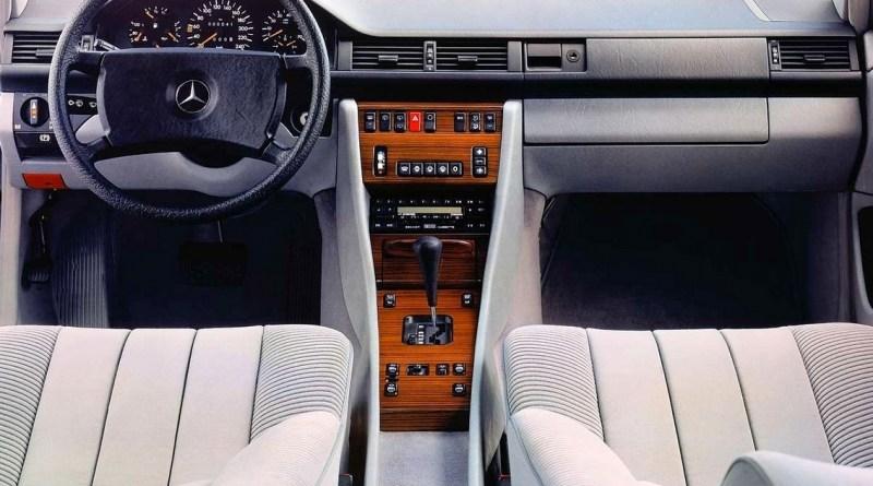 W124 Mercedes-Benz Kadife Döşemeleri