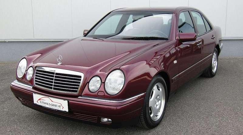 Sadece 436 Km.de W210 Mercedes-Benz E220 Dizel Avantgarde!