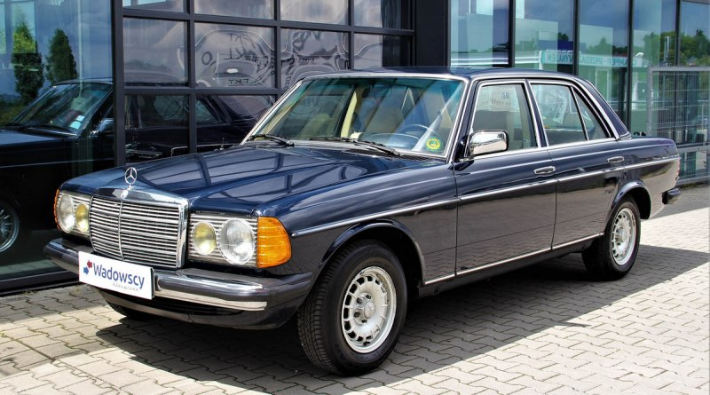 Boyasız Orijinal 45 Bin.de! W123 Mercedes-Benz 240D