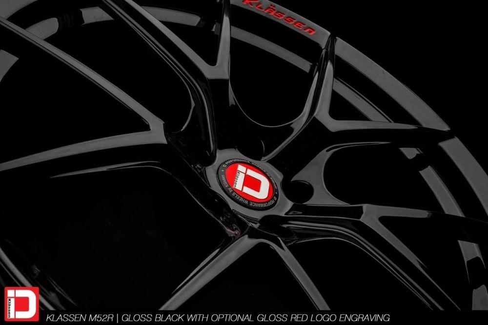 klassenid-wheels-m52r-gloss-black-gloss-red-text-9