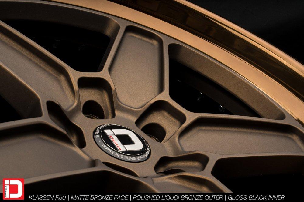 klassenid-wheels-r50-matte-bronze-face-polished-liquid-bronze-lip-gloss-black-hardware-22