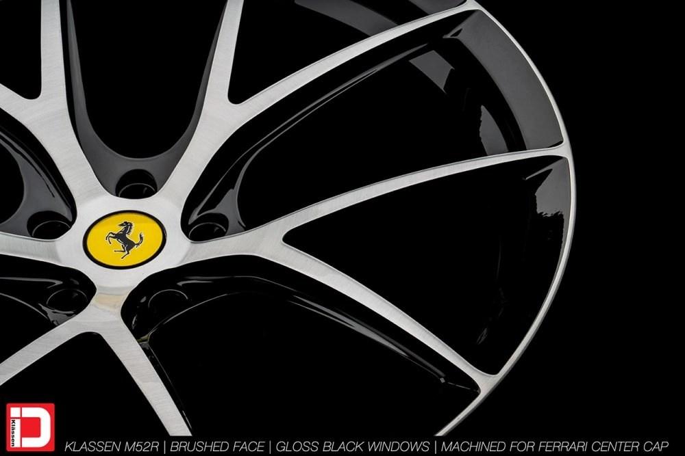 KlasseniD Wheels M52R – Brushed with Gloss Black Windows 10
