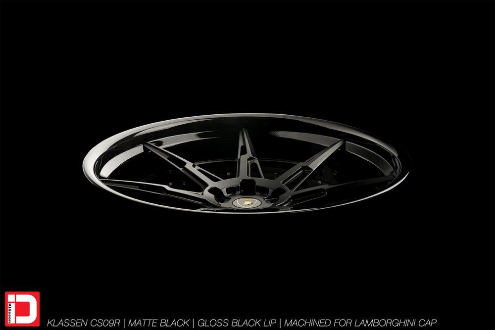 cs09r-matte-gloss-black-lamborghini-klassen-id-06