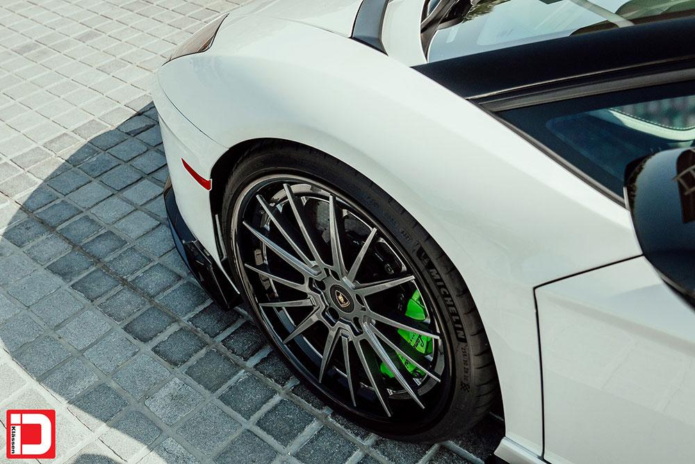 lamborghini-aventador-klassen-id-wheels-cs35s-gloss-kingsport-gray-black-lip-04