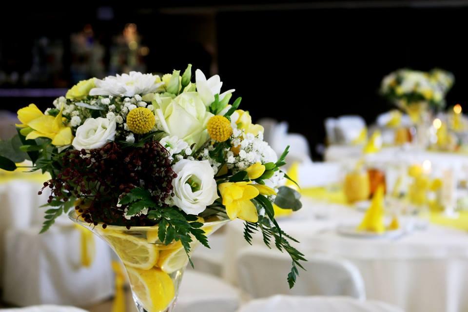 Cytrynowa dekoracja weselna Chojnice. Kraspedia, żółte wesele dekoracje weselne chojnice Strona Główna 10672177 878510712227160 2803303385747643337 n