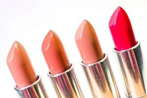 lipstick-1137536_1920