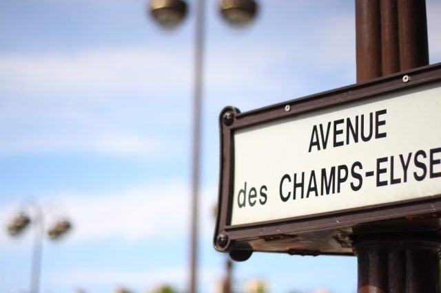 champs-elysee-1352716_1920