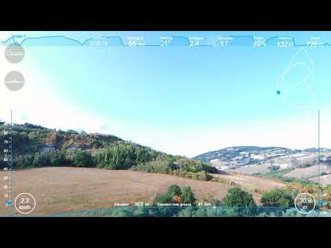 Volo con Parrot Bebop 2 in campo aperto a Castelnuovo