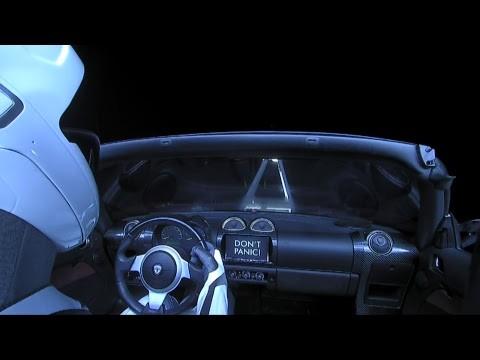 Abbiamo una Tesla in rotta verso Marte...