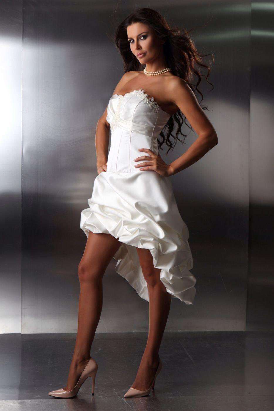 Die Schönsten Brautkleider Vorne Kurz Hinten Lang Online Bestellen