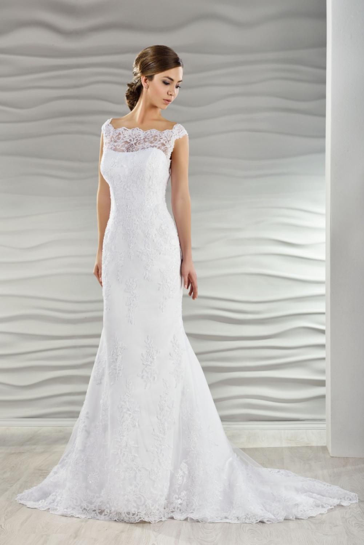 Brautkleid schmal aus Spitze  Kleiderfreuden