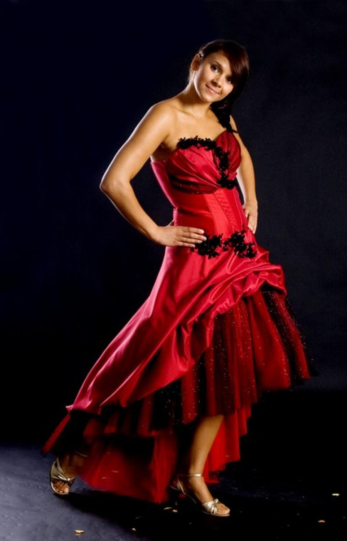 Cocktailkleid rot vorne kurz hinten lang mit Schleppe  Kleiderfreuden