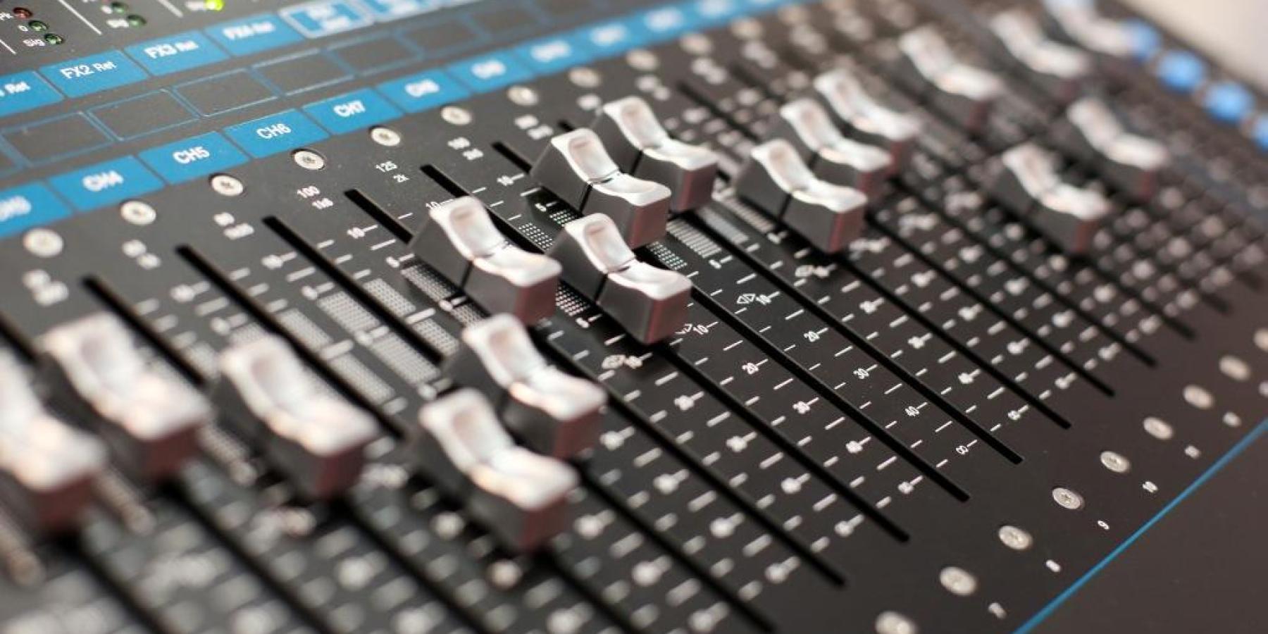 Stage|Set|Scenery: Guter Ton macht die Musik Audio-Segment ausgebucht