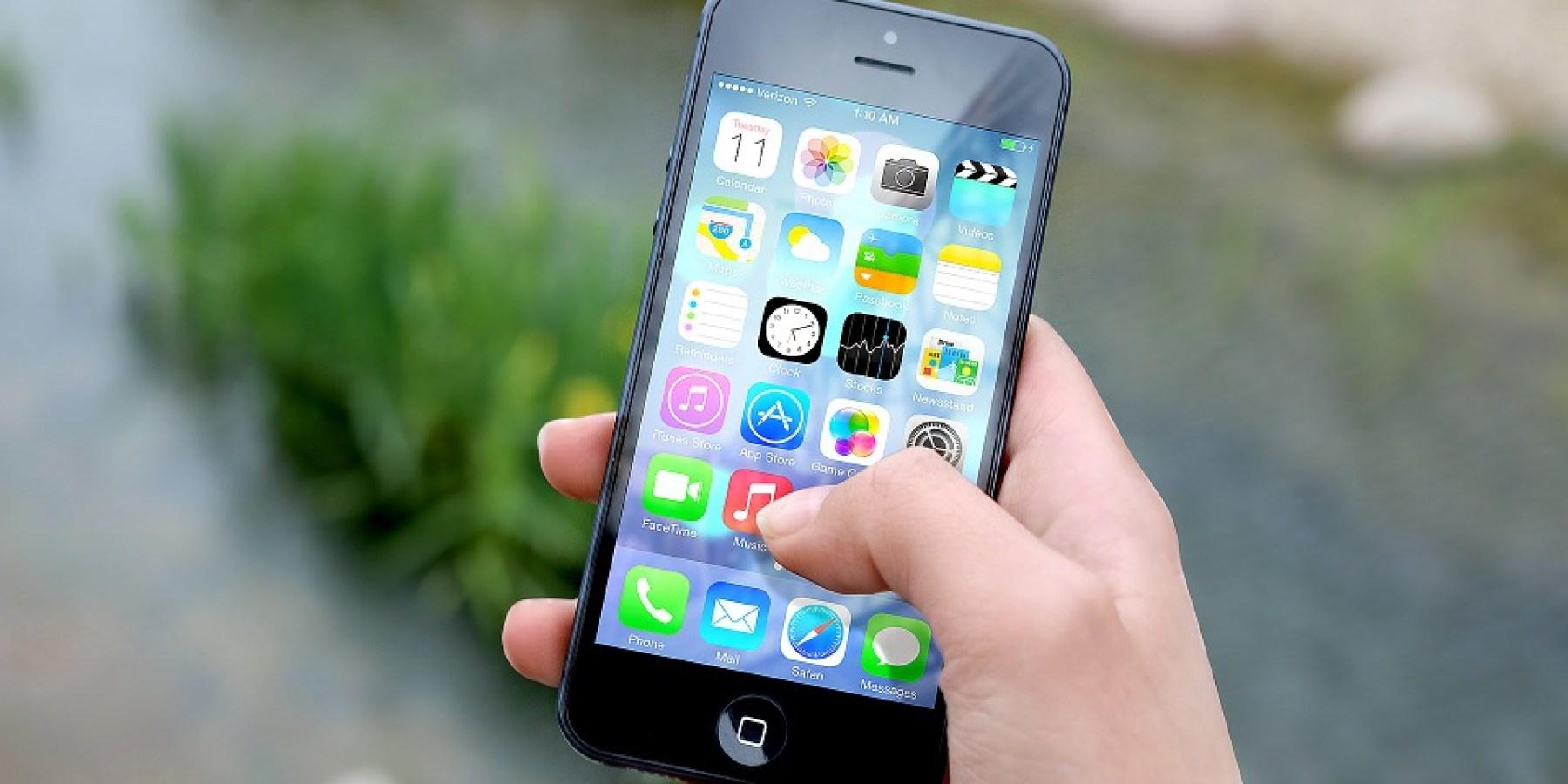 Räuber erbeuten Mobiltelefon