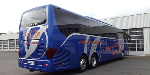 Engmaschige Kontrollmechanismen für Linien-, Überland- und Reisebusse