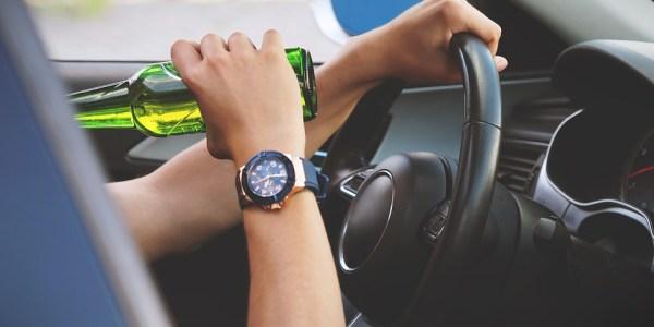 Betrunkener Autofahrer aufgegriffen
