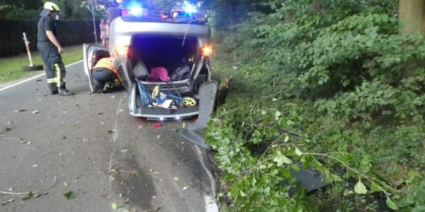 Auto überschlägt sich – 26-Jährige schwer verletzt