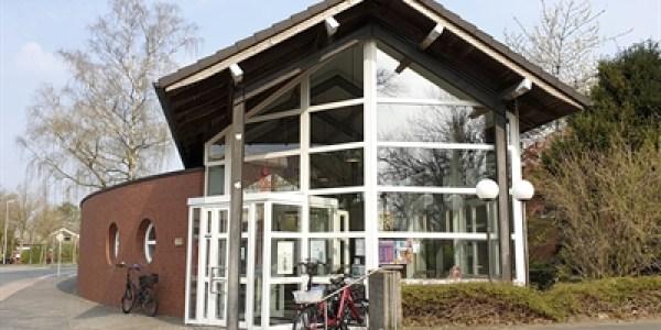 Vom Spritzenhaus zur modernen Stadtteilbücherei