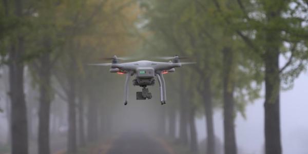 Internetanbindung von Drohnen bringt Chancen und Risiken