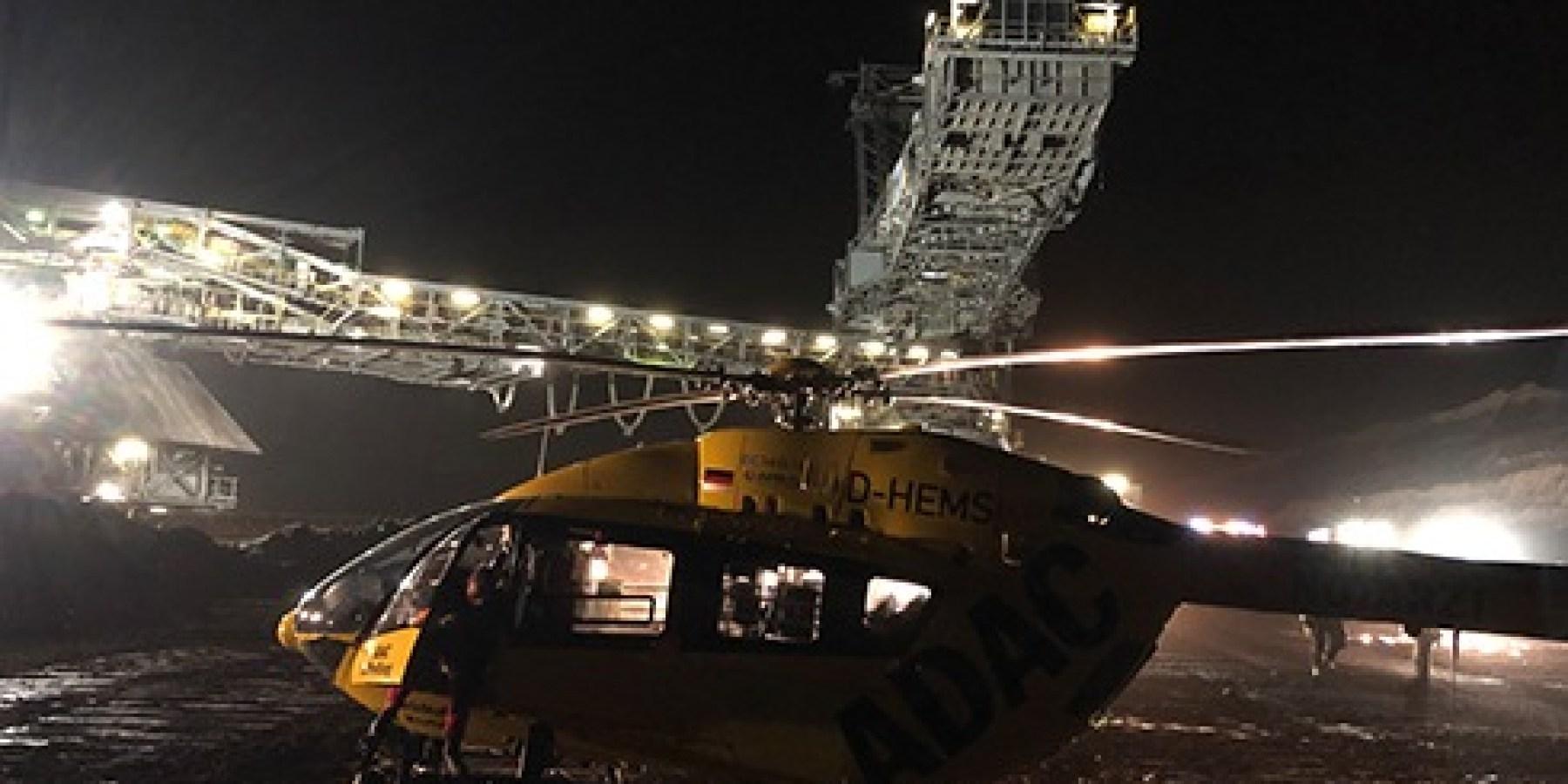 """Christoph Westfalen"""" fliegt Notfalleinsätze auch bei Nacht – Probebetrieb mit Nachtsichtbrillen erfolgreich"""
