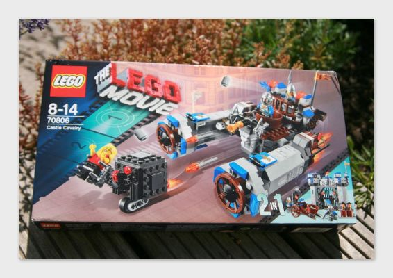 Sommerverlosung! Gewinnt das 2-in1 Burg Kavallerie Set aus The LEGO Movie!