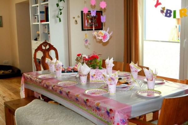 Ein Wohnzimmer wird zum Feengarten – unsere Geburtstagsfeier mit PartyDreams!