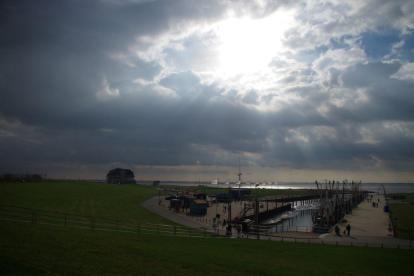 Der Himmel reißt auf (Foto: H. Möller)