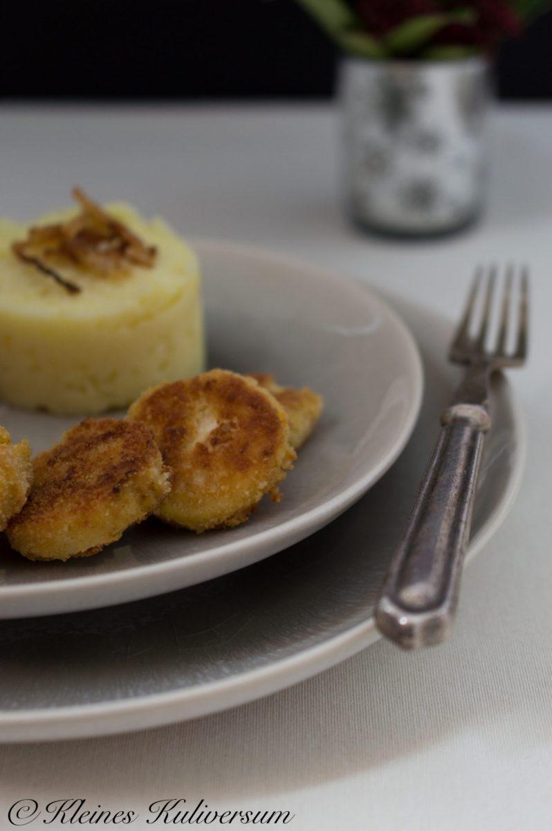 Weihnachtsmneü 2017 Sellerieschnitzel, Kartoffelpurree, Röstzwiebel und Salat