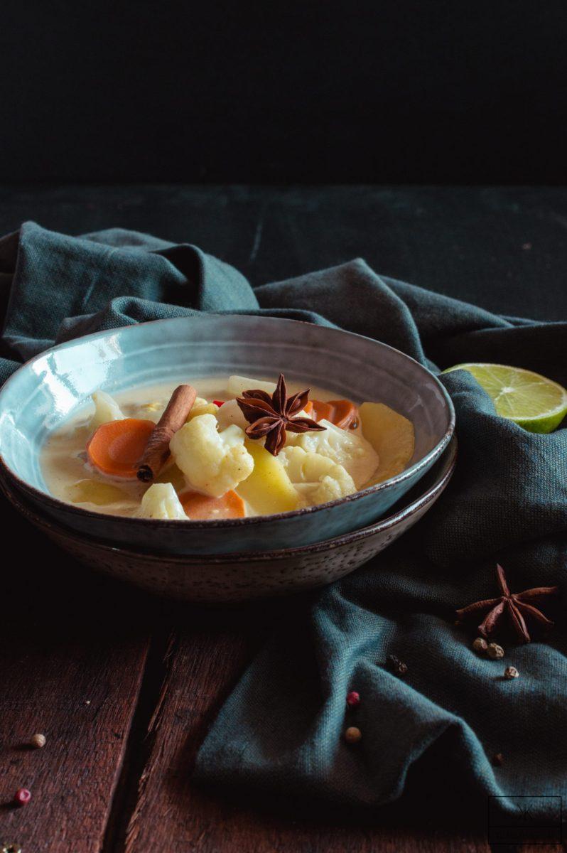 Massaman Curry mit Gemüse