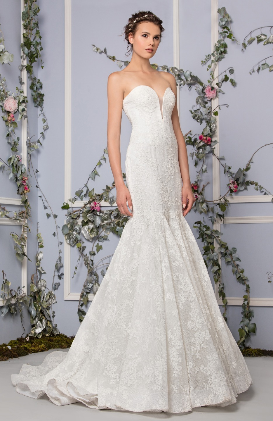 Romantic Mermaid Wedding Dress  Kleinfeld Bridal
