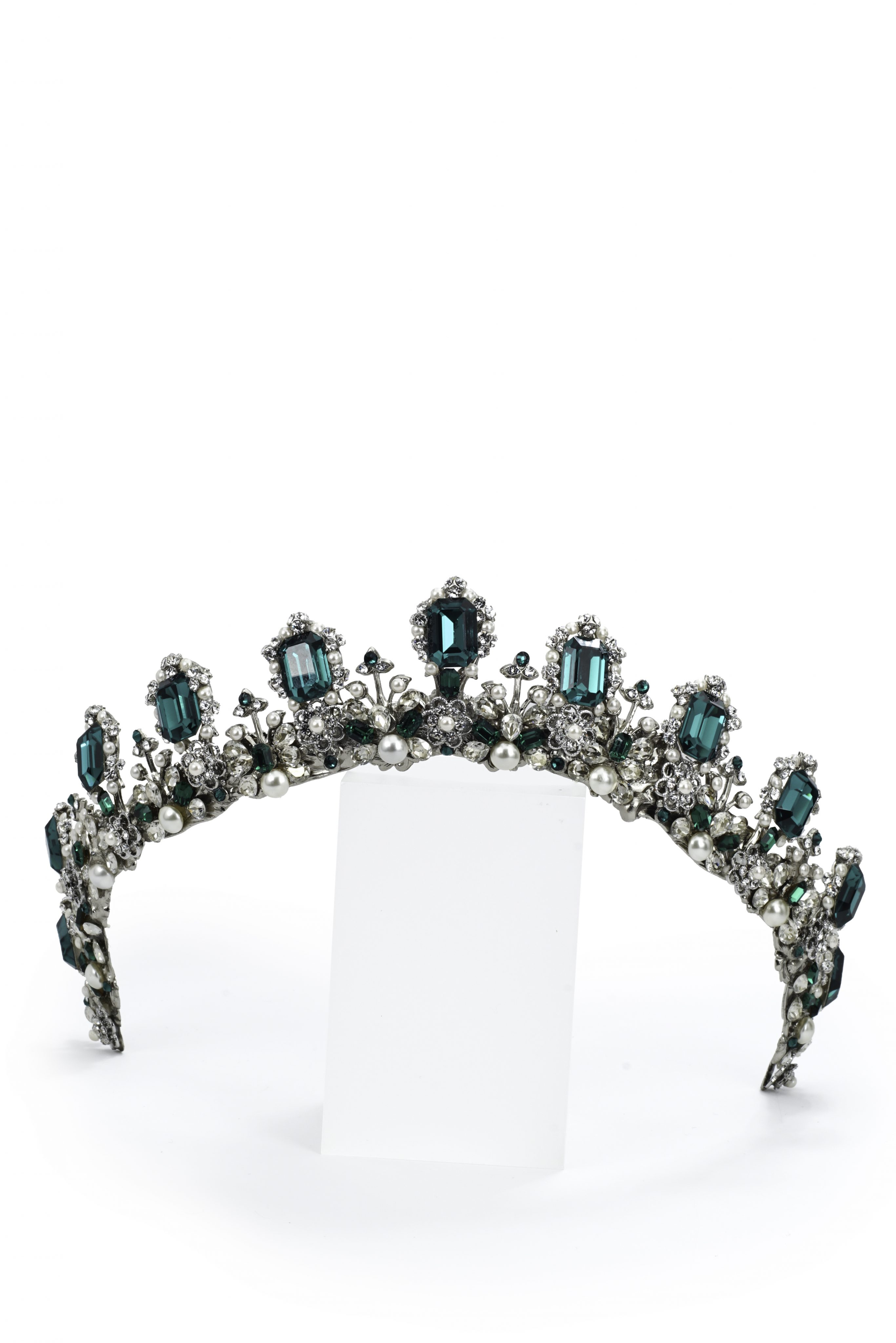 Crown With Detailed Emerald Green Crystals And Pearl
