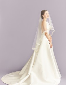 Two tier veil kleinfeld also accessories guide bridal rh kleinfeldbridal