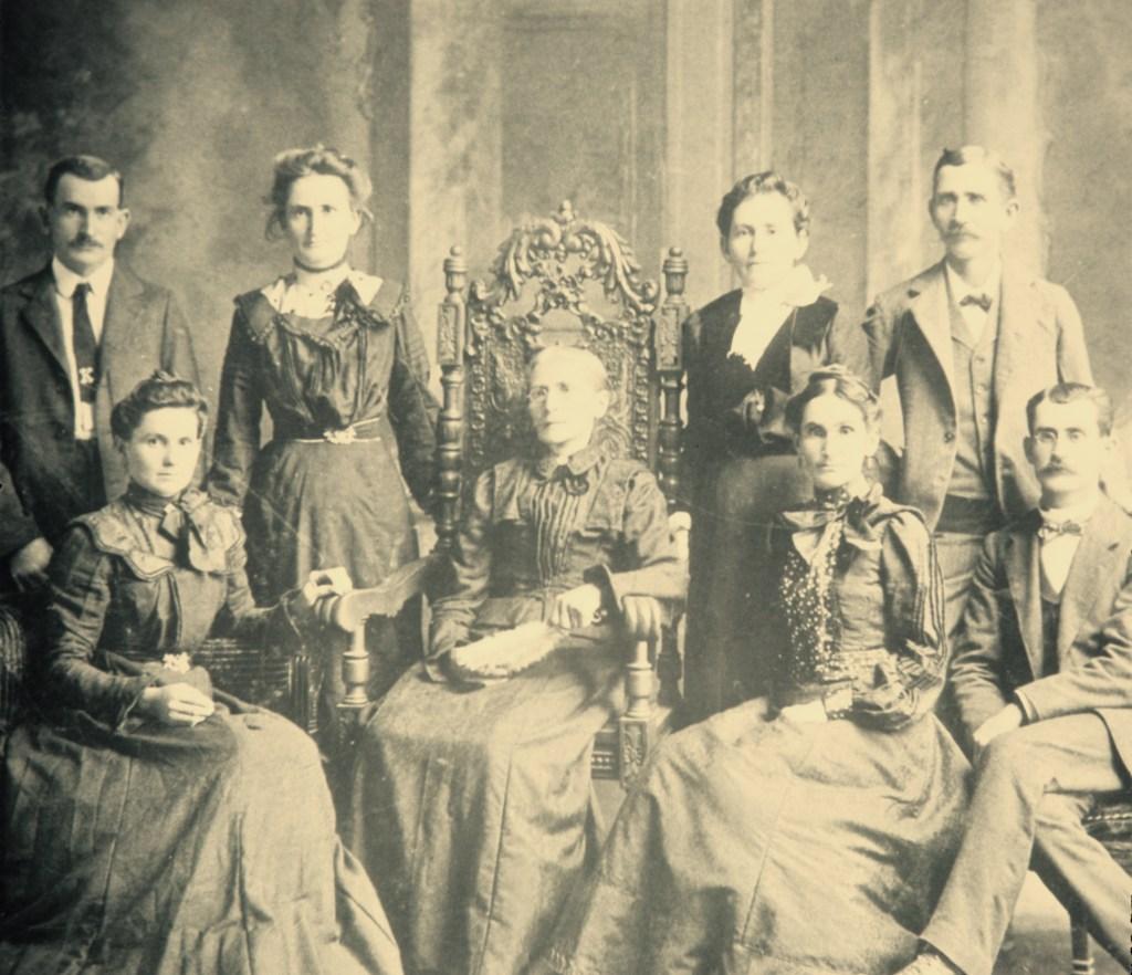 Klein, Frederika and children