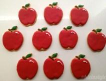 school starts cookies Kekse und kuchen zur Einschulung: Buchstaben, Tafel, Stift und Apfel