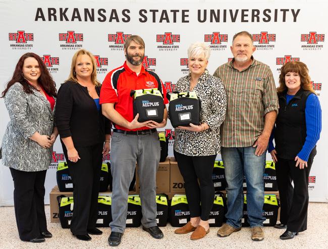 Uekman Foundation Donates AEDs to Arkansas State