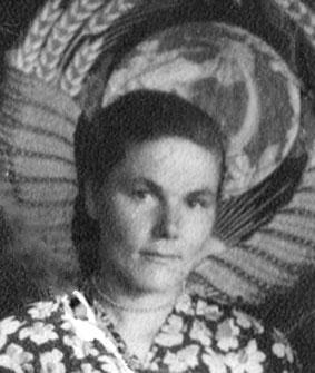 Завьялова (Вертипрахова) Таисия Григорьевна