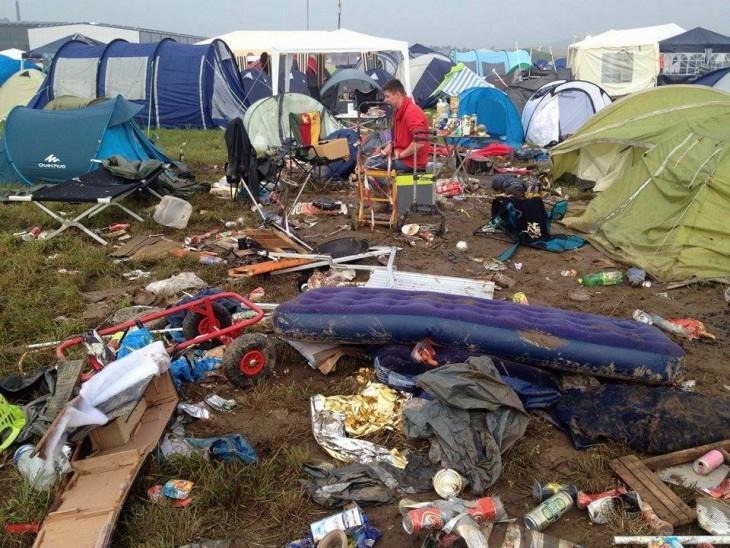 Trümmerfeld am Morgen nach dem Unwetter