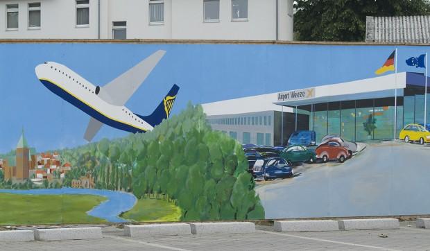 Airport auf Bauzaun der HRW (2011, Foto Kleinendonk)