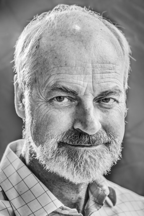 Dr. Gert Schumacher