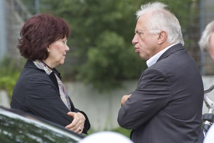 Einer geht noch, einer geht noch rein: Präsidentin, Bürgermeister (Foto: Kleinendonk)
