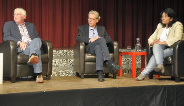 Zuhören in der Fragerunde: Dr. Artur Leenders, Udo Janssen, Sonja Northing (Foto: Klever Wochenblatt/Klaus Schürmanns)