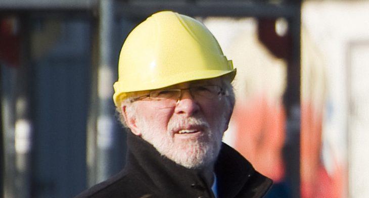 Der Mann mit dem Gelbhelm: Suerick vor heikler Mission (Foto: Udo Kleinendonk)