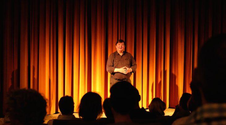 Zu Risiken und Nebenwirkungen des Theaterspielens fragen Sie bitte den Intendanten: Wolfgang Paterok