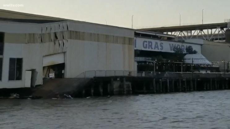 barge crash _1525798813747.jpg.jpg