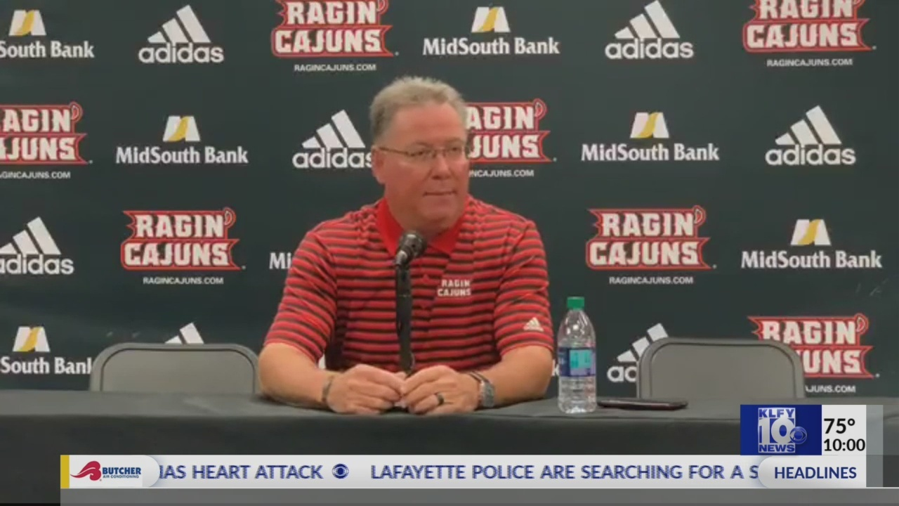 Current, former Cajun players react to news of head baseball coach's heart attack