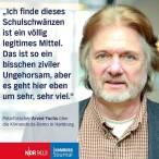 Polarforscher Arved Fuchs während der Klimaschutz-Demo in Hamburg