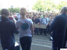 Schülerdemo Fridays For Future Hamm, 24.05.2019: Kundgebung vor dem Rathaus. Rechts der OB Thomas Hunsteger-Petermann (Rede siehe Film auf dieser Seite)