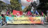 14.09.2019 Demo #aussteigen in Frankfurt/M. (C) Uwe Hiksch, NaturFreunde Deutschlands