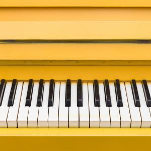 Klebefolie fr das Klavier  Klinger Mbelfolie Pforzheim